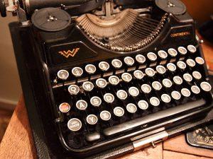 typewriter1-1234699141prlf
